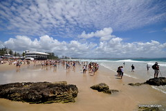 Spectators Watching the Surfing. (mcgrath.dominic) Tags: snapperrocks surfing queensland australia