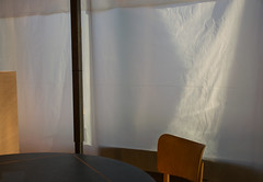 interieur 19 (godelieve b) Tags: bruxelles minimal seat emptyseat chair white curtain shadow banalities lines