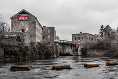 Mill St. : December 6, 2016 (jpeltzer) Tags: ottawa ottawariver victoriaisland millst