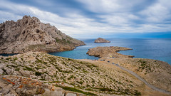 Marseille-0022 (philippemurtas) Tags: marseille france bouche du rhone provencealpescôte dazur nuage mer mediterranée roche bord de bleu couleur ciel horizon nikon cloud mediterranean sea rock blue sky
