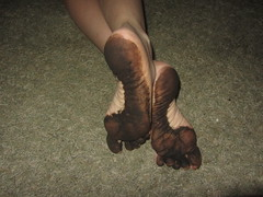 IMG_0014 (Elizabeth Townsend) Tags: dirty feet soles filthy black gre oily female