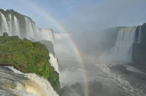 Y voy flotando por el río / Doble arcoiris