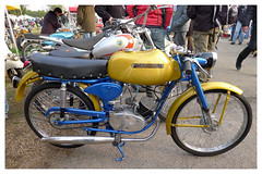 CARNIELLI (baffalie) Tags: old milan classic bike vintage italia expo retro motorbike moto italie ancienne fiera classicas