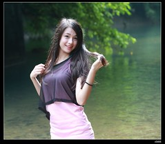 nEO_IMG_DP1U0327 (c0466art) Tags: school light portrait cute wet water girl beautiful smile female creek canon asia pretty play sweet outdoor quality gorgeous young feeling lovely charming pure hight 1dx c0466art