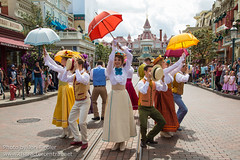 DLP Aug 2014 - Main Street USA Welcomes Summertime! (PeterPanFan) Tags: travel summer vacation france canon europe character august disney characters aug victorians disneylandparis dlp 2014 disneylandresortparis disneycharacters disneycharacter marnelavalle parcdisneyland disneyparks citizensofmainstreet thevictorians themeparkcharacters canoneos5dmarkiii disneylandparispark showsandentertainment mainstreetusawelcomessummertime