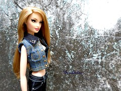 Laras Street Style (ShuiiMedina) Tags: 2005 birthday street face barbie style clothes homemade lara wishes