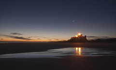 Castles made of sand. (Elidor.) Tags: castle beach silhouette sunrise stars dawn northumberland hendrix northeast bamburgh d90 elidor crossborderraid