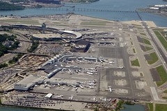 LGA AIRPORT LA GUARDIA NEW YORK FROM FLIGHT LGA-BUF CRJ200 DELTA (airlines470) Tags: airport flight delta lga crj200 lgabuf