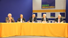 "Debate do Espaço Democrático sobre a gestão de recursos hídricos • <a style=""font-size:0.8em;"" href=""http://www.flickr.com/photos/60774784@N04/15034379111/"" target=""_blank"">View on Flickr</a>"