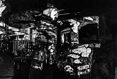 Giochi di luce sui muri di Bussana Vecchia