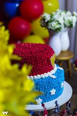 _MG_0601 (w.h_fotografia) Tags: aniversário livia mulher maravilha primeiro 1 ano criança birthday presentes doces bolo piscina piscinadebolinha bolinha