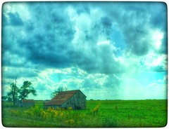 Lovely solitude... (Sherrianne100) Tags: peaceful farm rural ozarks missouri oldbarn barn