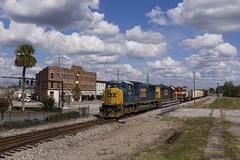 Downtown Waycross (Colin Dell) Tags: kcsbelle csx train waycross ga georgia kcs a768 sd70m