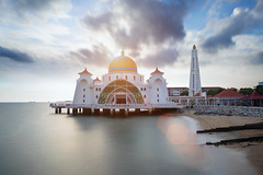Malacca straits mosque (Patrick Foto ;)) Tags: architecture asia beach blue building dawn dome dusk floating historical islam islamic landmark landscape malacca malaysia masjid melaka monument mosque muslim night ocean outdoor religion religious scene scenery sea selat sky straits sunset symbol tourism travel twilight view my