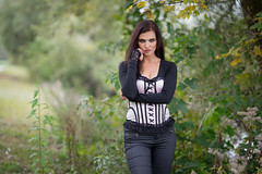 Sandra Elizabeth Mae (ecker) Tags: frau herbst oedtersee outdoor portrait portrt strucher traun ufer umgebungslicht autumn availablelight naturallight portraiture woman sony a7 fe85mmf14gm sel85f14gm