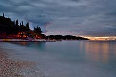 Evening sky (Sizun Eye) Tags: cavtat croatia beach evening longexposure poselongue croatie europe sunset coucherdusoleil soir summer lt sizuneye tamron2470mmf28 nikond750 leefilters lee gnd06hard chorwacja adriatyk adriatique adriatic bluehour sunrays