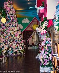 Christmas Looks Yummy (Kuby!) Tags: kubitschek kuby nikon d810 october 2016 carthage missouri mo precious moments chapel gift shop displays