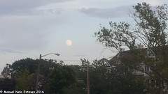 2016.08.16; Keyport Moonrise & Sunset (FOTOGRAFIA.Nelo.Esteves) Tags: keyport newjersey unitedstates us 2016 neloesteves samsung note5 usa nj monmouthcounty bayshore waterfront moonrise sunset moon sky august summer