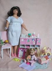 IMG_7739 (irinakopilova) Tags: barbie kelly doll little sister shelly small baby edna turnblad
