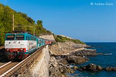 E.444R.095 TI (Andrea Sosio) Tags: e444 e444r 095 tartaruga eurocity ec 143 144 thello ferroviedellostato trenitalia treno train cervo liguria italia nikond60 andreasosio