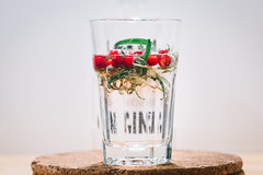 Powered by Napue GIN (JuNu_photography) Tags: napue gin drink rocks ice glass berries