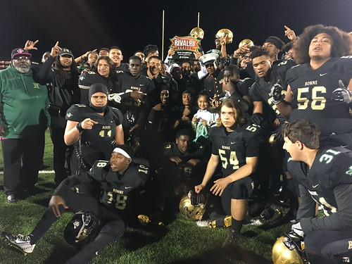 "Narbonne vs San Pedro • <a style=""font-size:0.8em;"" href=""http://www.flickr.com/photos/134567481@N04/30786986125/"" target=""_blank"">View on Flickr</a>"