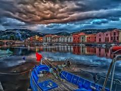 Boa rossa (giannipiras555) Tags: barca boa fiume temo bosa ponte panorama nuvola