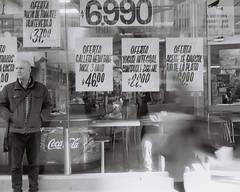 000013 (álvarogonzáleznovoa) Tags: kodak byn blackandwhite ligthouse streetphotography