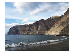 Los Gigantes- Tenerife (www.jucahelu.com) Tags: tenerife playa de los gigantes sur acantilados espaa samsung movil jucahelu photography