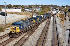 CSX L675-19 at Chattanooga, TN (KD Rail Photography) Tags: csx howtomorrowmoves qualityinmotion ge generalelectric emd electricmotivedivision cw44ac c408w sd403 trains railroads transportation chattanooga tennessee urbanrailroad city cityskyline manifest