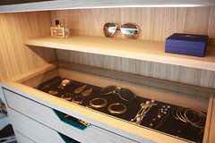 """walk-in_closet5 • <a style=""""font-size:0.8em;"""" href=""""http://www.flickr.com/photos/129600900@N02/31082761000/"""" target=""""_blank"""">View on Flickr</a>"""