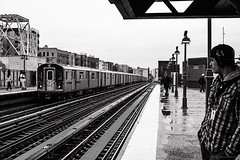 _MG_7280-Modifica (Alexander Pellegrin) Tags: bronx subway yankeestadium newyork newyorkcity nyc alexanderpellegrin mta streetphotography street blackwhite blackwhitephotography blackandwhitephotography blackandwhite mono monocrome peopleinnewyork