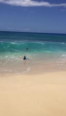 Turquoise lovin', Hawaii (Luuaris) Tags: shaka hilife islandlife island shorebreak timing perfect beautiful yokohama blue slowmotion cool beach wave oahu hawaii