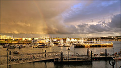 The other end of the rainbow. (PAUL Y-D) Tags: plymouth hoe water sea sunlight rainbow