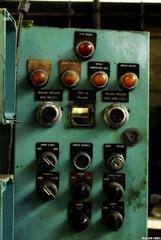 appuyer sur le bouton rouge