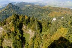 Widok z Trzech Koron (Okrąglicy) na Nową Górę (z lewej)