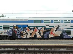 world painted blood (en-ri) Tags: train writing torino graffiti giallo crew devil rosso nero diavolo lilla sdk diavoletto opak