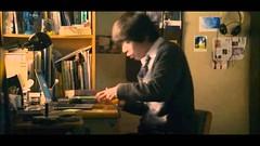 ตัวอย่างหนังจากการ์ตูนเรื่องปรสิต ลืมเรื่องในการ์ตูนไปเยอะแล้ว v___v http://t.co/bquL7w9f8M via @YouTube