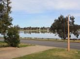 3 Eastlake Drive, Lake Albert NSW