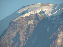 Mt. Rainier, The State of Washington (pentachoron) Tags: mountain snow detail up closeup washington mt close state pacific northwest zoom mount rainier