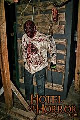 Crispy (HotelofHorror) Tags: halloween horror poconos hauntedhouse horrorshow poconomountains hauntedattraction effectsmakeup lakehousehotel hotelofhorror alterednightmares saylorsburghotell