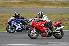 IMG_5922 (Holtsun napsut) Tags: ex drive sigma os apo moto motorcycle 70200 f28 dg rata kes motorrad traing piv eos7d ajoharjoittelu moottoripyoraorg