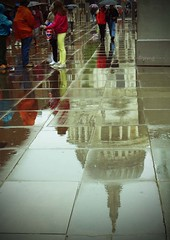 Rainy day (Pat's_photos) Tags: reflection london rain stpauls tourist