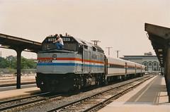 Sacramento, California (UW1983) Tags: trains amtrak sacramento railroads f40 capitolcorridor capitols passengertrains