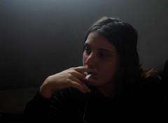 Matin  Jzabel, Paris, 22 septembre 2014 2 (Stphane Bily) Tags: morning woman cigarette smoke femme elle her camel ja latte youngwoman matin fumer fumare jeunefille jzabel stphanebily