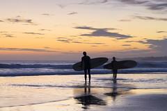 Le clich clich (Jrme Le Gousse) Tags: france surf spot loch plage morbihan guidel surfeur surfeuse