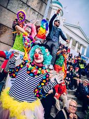 Peli poikki 24.9.2016 (miemo) Tags: pelipoikki antifascism antiracism city clowns crowd demonstration em5mkii europe finland helsinki loldiersofodin olympus olympus1240mmf28 omd people senaatintori senatesquare