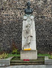 Tombland, Norwich (bardwellpeter) Tags: norwich aanynorwich fz200 memorials octobers zonettland