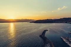 Lerici Sunset (Thomas Paal Photography) Tags: rot orange blue blau sea mare meer golf gulf italia italien italy liguria ligurien urlaub holiday vacance vacanca nikon d600 sigma 24mm prima art travel