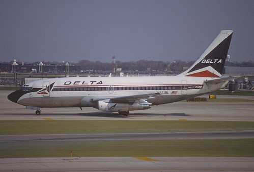 Delta Air Lines Boeing 737-200; N331DL, May 1997